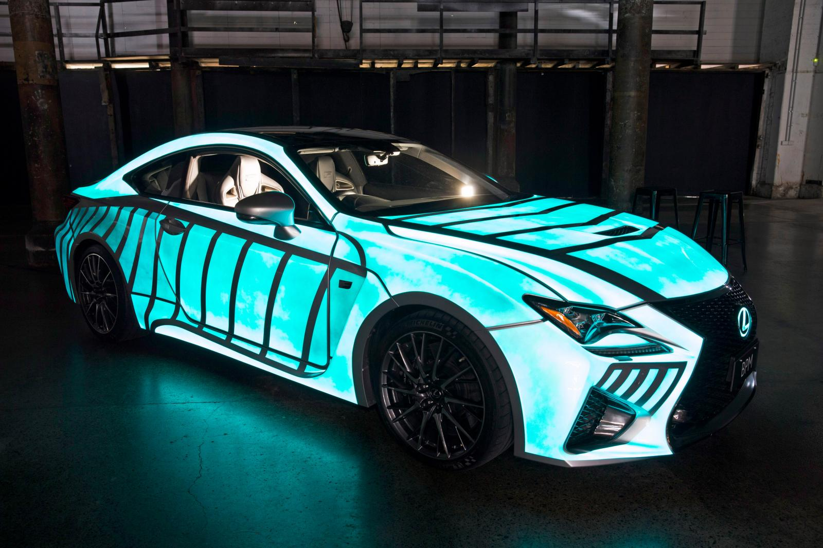 Lexus le copia a nissan la pintura que brilla en la for Car paint designs pictures