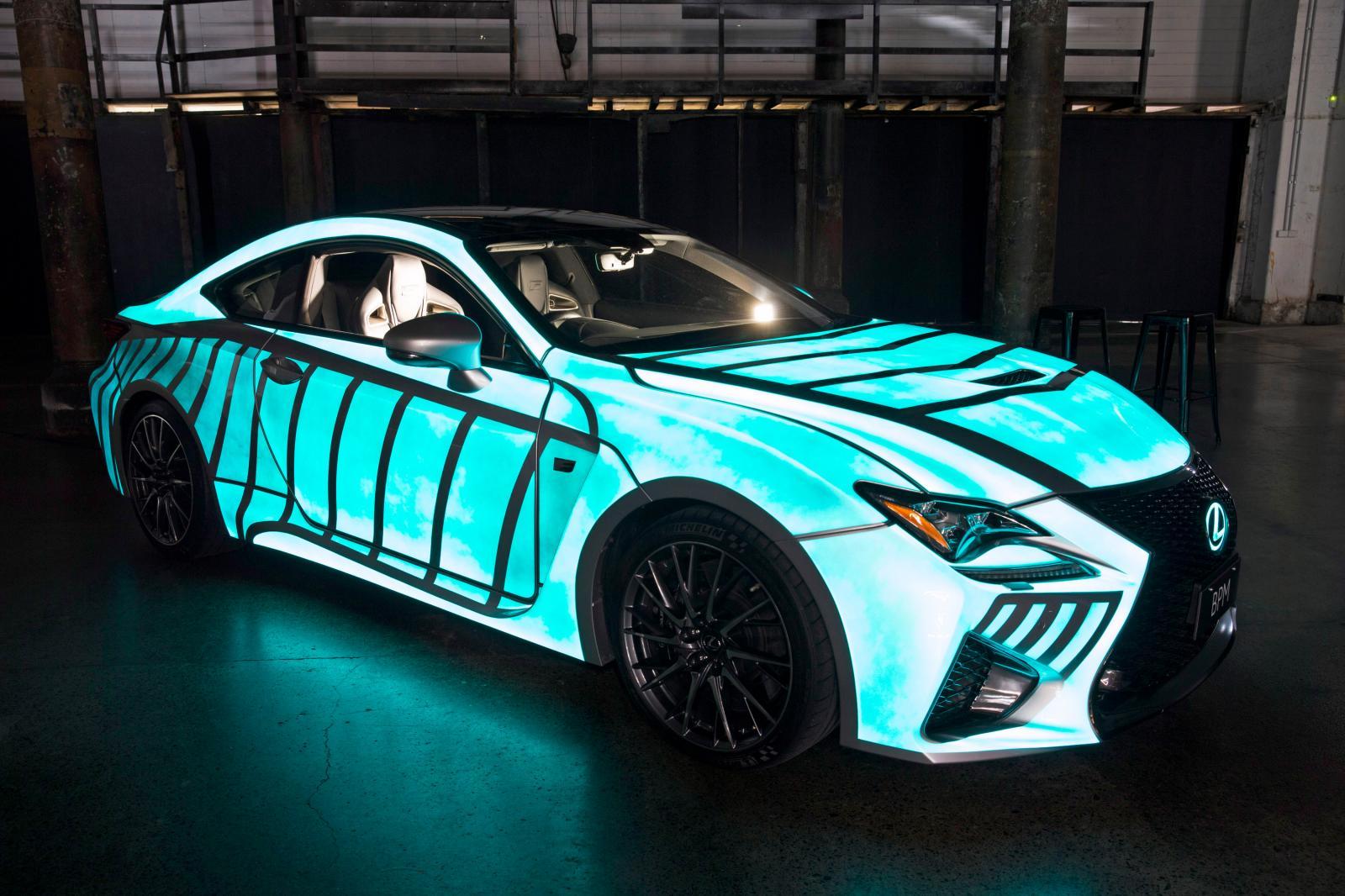 Lexus Le Copia A Nissan La Pintura Que Brilla En La