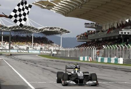 GP de Malasia 2010: Nico Rosberg consigue el primer podio para Mercedes GP