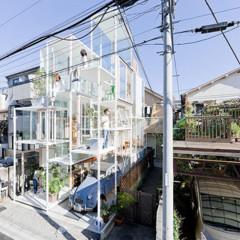 Foto 13 de 14 de la galería casas-poco-convencionales-una-casa-completamente-transparente en Decoesfera