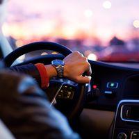 El permiso para conducir para menores de edad es indispensable: todo esto debes saber