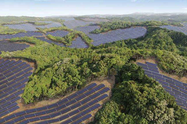 Japan is Making Its Golf Course Empty Nurseries Of Solar Energy