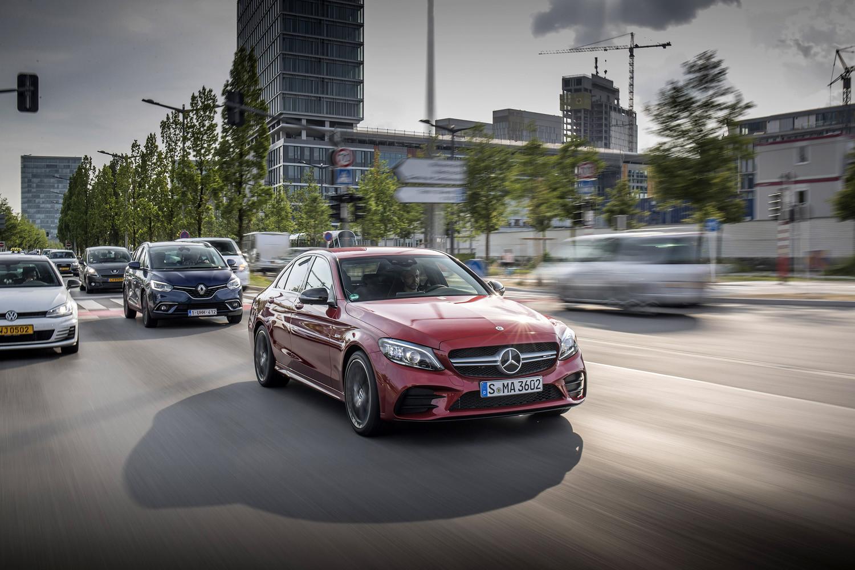 Foto de Mercedes-Benz Clase C 2018, toma de contacto (202/255)