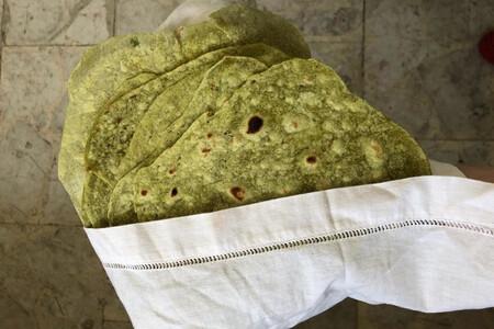 Tortillas de jalapeño, cilantro y asiento de cerdo. Receta fácil de la cocina mexicana