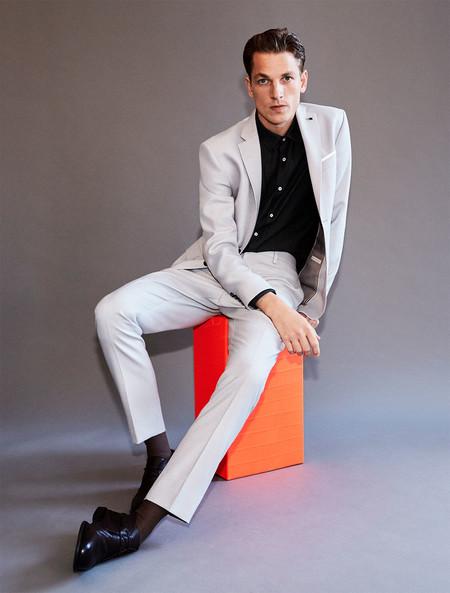 Los Cuadros Y Los Tonos Grises Son La Fresca Apuesta Tailoring De Zara Para La Primavera 4