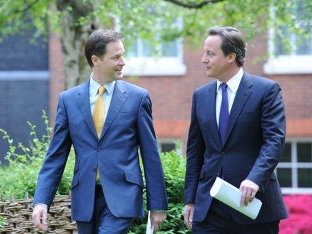 El viceprimer ministro británico, el liberal Nick Clegg, vetará el Gran Hermano de Cameron