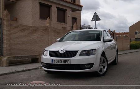 Skoda Octavia 1.8 TSI 180 Elegance miniprueba 01