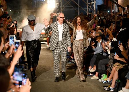 La segunda colección de TommyxZendaya apuesta fuerte por el espíritu setentero para este otoño 2019 en la Semana de la Moda de Nueva York