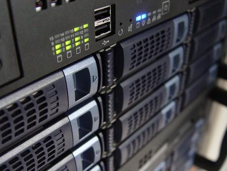 Un servicio de hosting pierde todos los datos de sus clientes y servidores y culpan a un exempleado