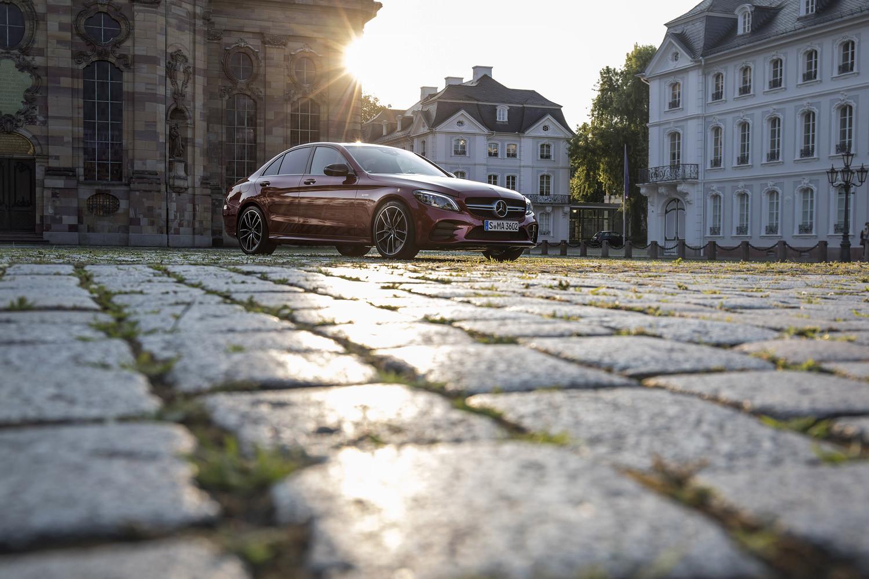 Foto de Mercedes-Benz Clase C 2018, toma de contacto (183/255)