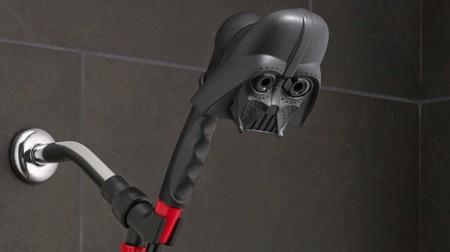 Una ducha galáctica con Darth Vader