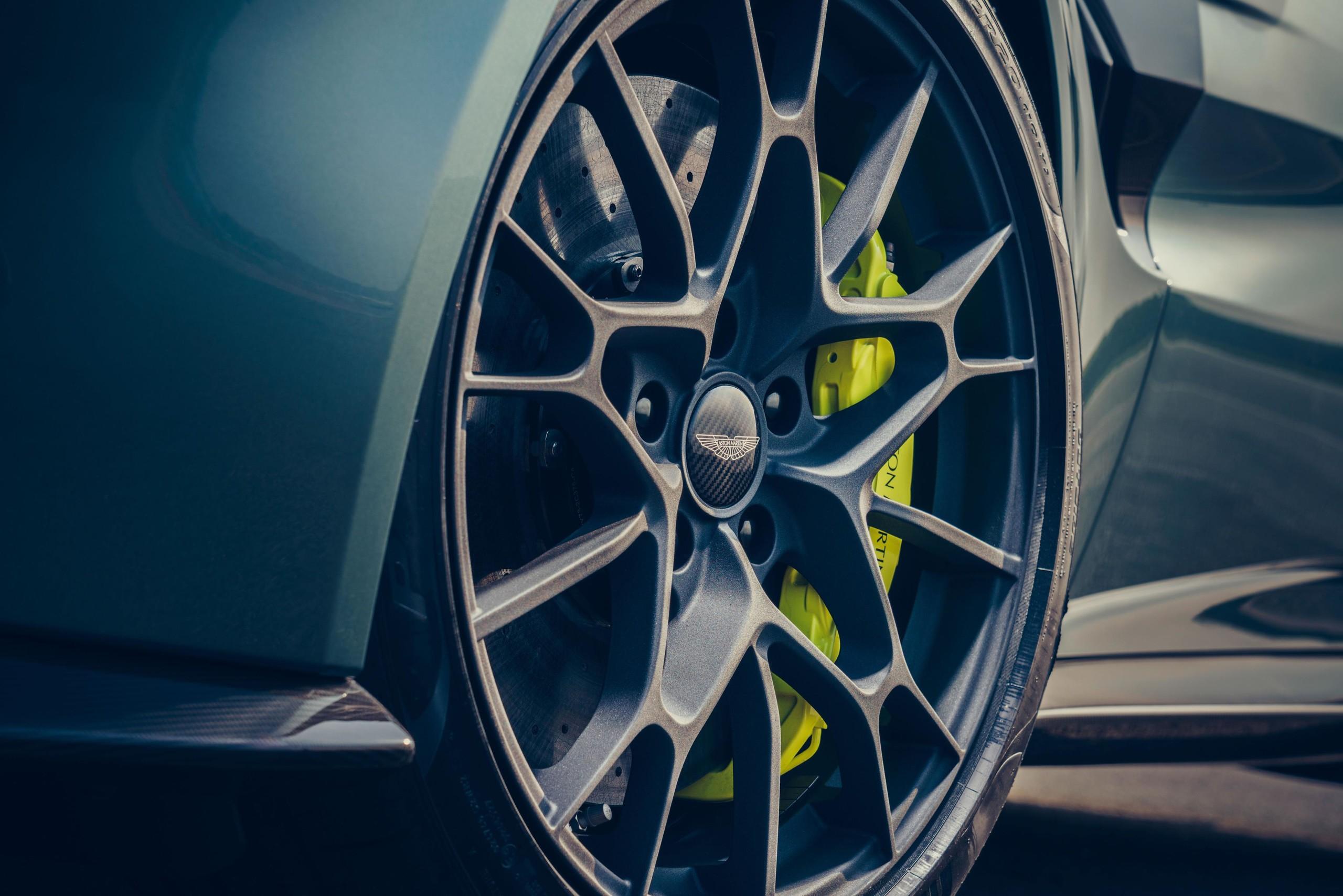 Foto de Aston Martin Vantage AMR (8/14)