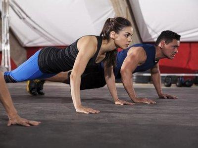 10 variaciones de burpees para incluir en tu entrenamiento