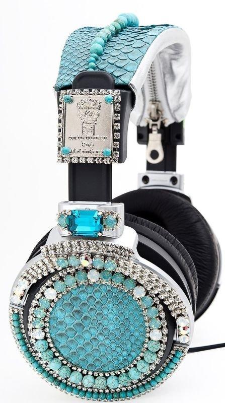 Auriculares de Swarovski: Manolete si no sabes torear para que te metes