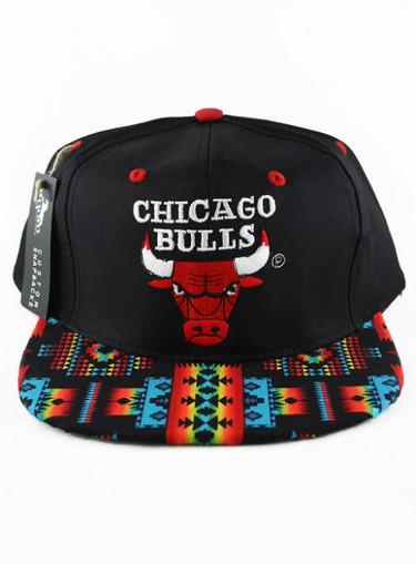 Deporte y estampados en las nuevas gorras de Topman