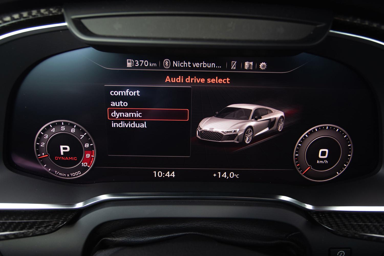 Foto de Audi R8 2019, toma de contacto (74/188)