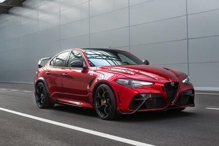 ¡Agotado! Alfa Romeo ha vendido las 500 unidades el poderoso Giulia GTA y GTAm