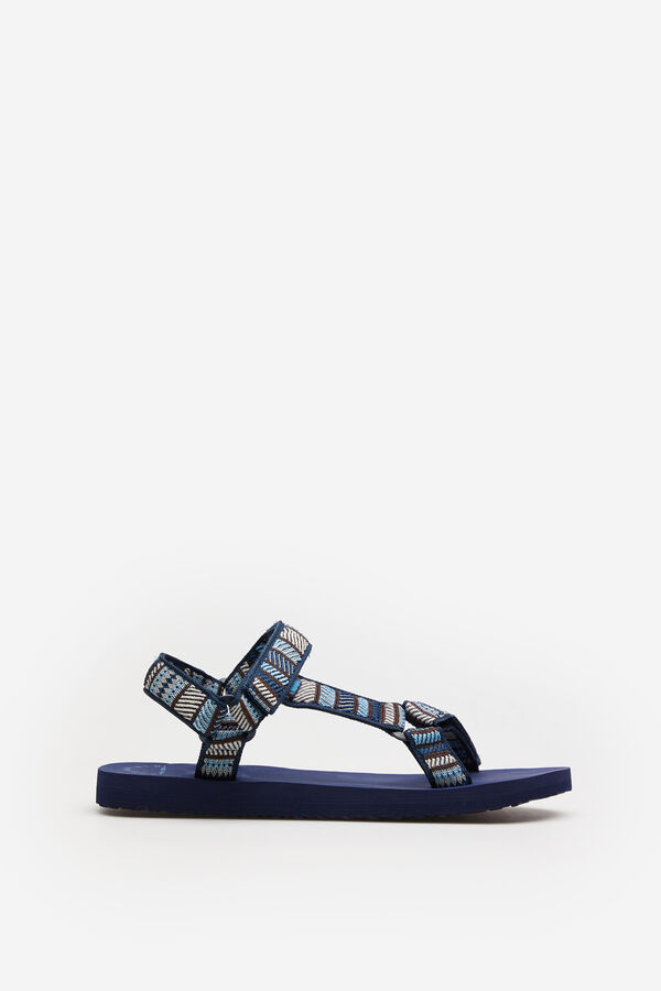 Sandalias ajustables