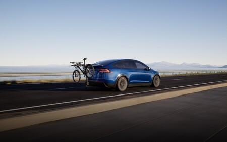 Tesla Model X 2021 02