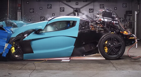 Video: Así es el doloroso crash test de un auto de 39.7 millones de pesos, el Rimac C_Two