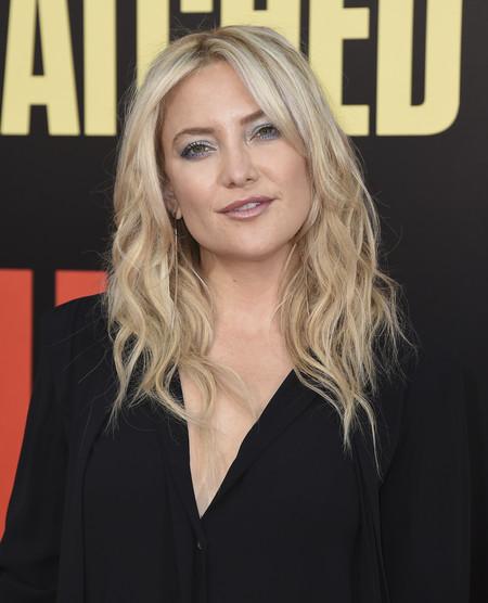 Kate Hudson estrena churri en la alfombra roja y no, sigue sin ser Brad Pitt