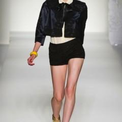 Foto 15 de 43 de la galería moschino-primavera-verano-2012 en Trendencias