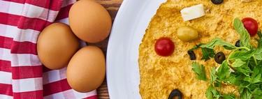 Los 13 alimentos que deberías priorizar si sigues la dieta cetogénica (y un montón de recetas para incluirlos en tu alimentación)