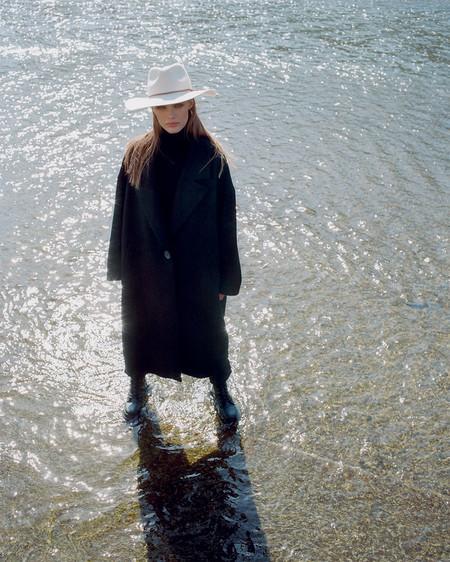 Zara Coats 07