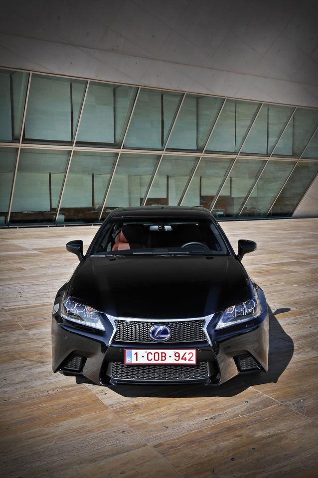 Foto de Lexus GS 450h F Sport (2012) (2/26)