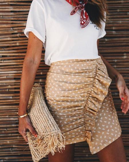 Pon una minifalda en tu vida y los días se vestirán solos