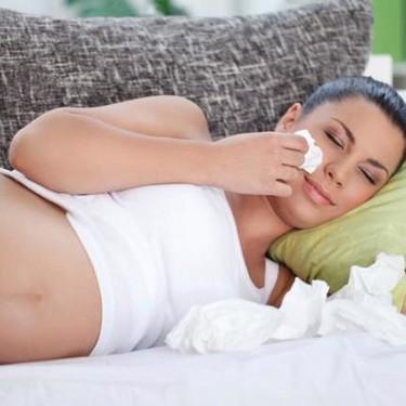 Gripe en el embarazo: cómo cuidarse si te has contagiado