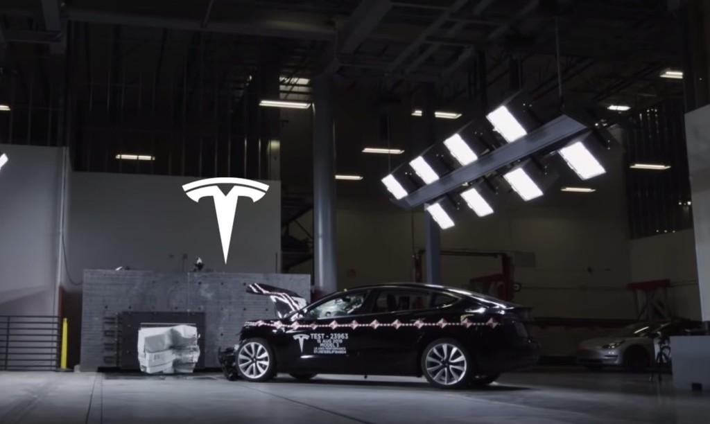 Tesla ofrece un primer vistazo al laboratorio donde estrella sus coches eléctricos antes que los demás