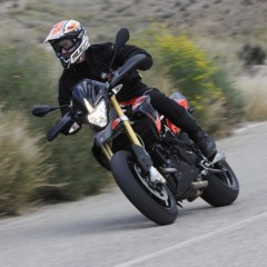 Foto 37 de 103 de la galería aprilia-dorsoduro-1200-mega-galeria-de-fotos-oficiales en Motorpasion Moto