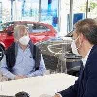 Así está siendo la reapertura de concesionarios en la Fase 1: pruebas de coches a domicilio y compras virtuales
