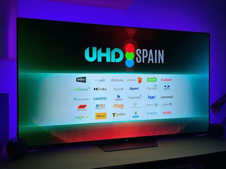 Las emisiones en 4K de UHD Spain llegan a la TDT híbrida conectada a Internet: sólo necesitas pulsar el botón rojo del mando