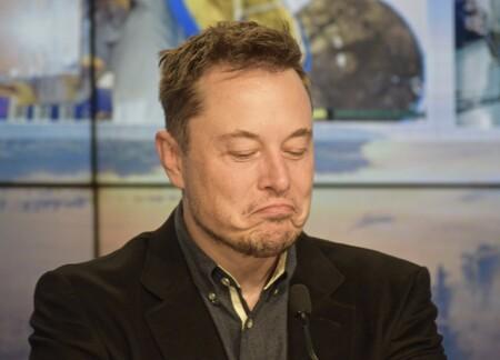 Elon Musk exagera sobre la conducción autónoma de Tesla, según sus empleados: es nivel 2 y es poco probable que llegue a nivel 5 en 2021