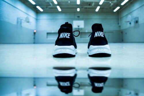 Las mejores ofertas de zapatillas hoy en Nike: Air Max, Jordan y P-6000 más baratas