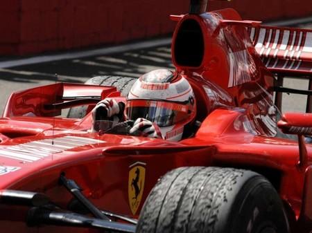 Continua la 'silly season'. En Italia colocan a Kimi Räikkönen de nuevo en Ferrari
