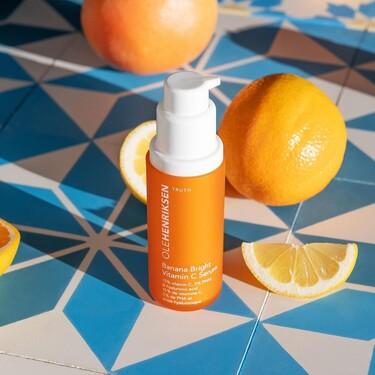 Los mejores sérums con vitamina C: por qué y cómo incluirlos en la rutina de belleza para tener una piel radiante
