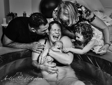 Las mejores fotos del parto y el postparto 2019: 25 impresionantes fotografías que reflejan la belleza del nacimiento