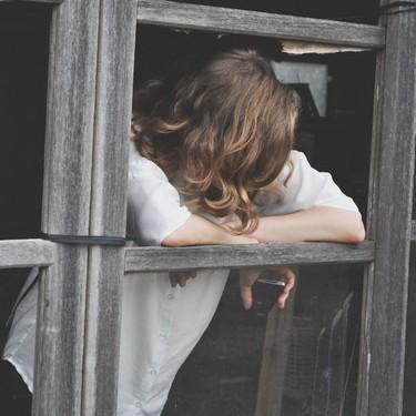 """""""Tengo miedo a reanudar mi vida anterior al confinamiento"""": por qué nos genera ansiedad y cómo podemos afrontarlo"""