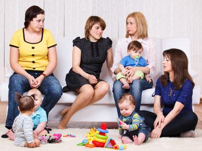¿Por qué somos tan pesadas las madres con que las demás tengan hijos?
