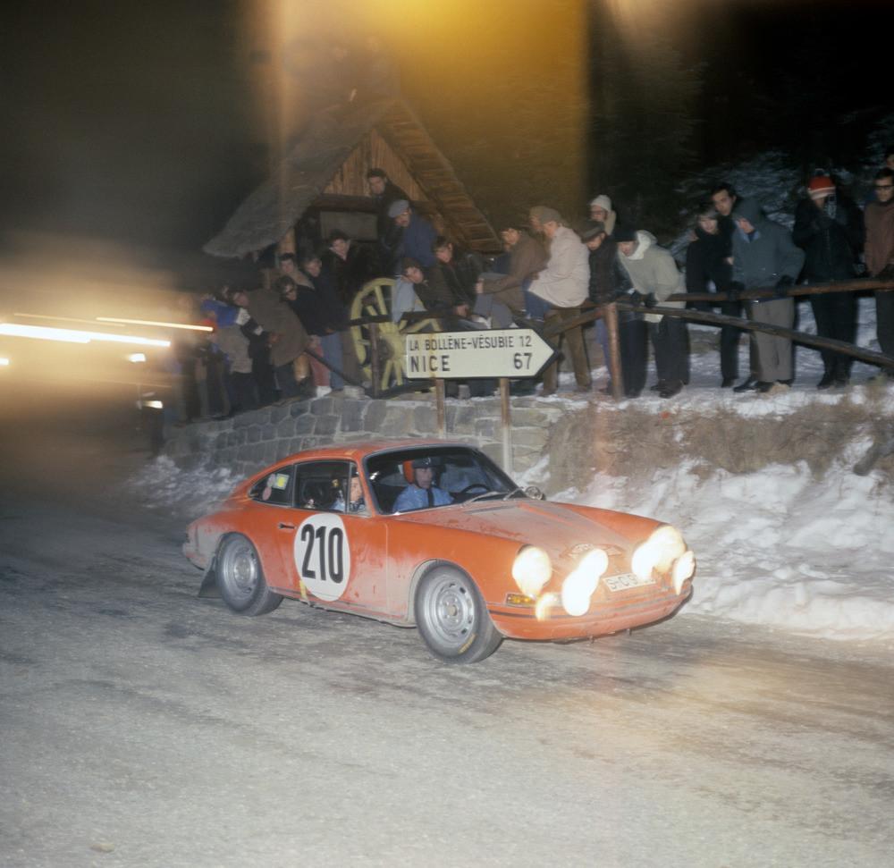 Foto de Historia de Porsche de 1940 a 1980 (11/29)