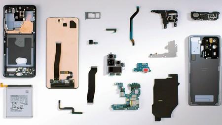 Samsung desmonta su Galaxy S20 Ultra y vuelve a montar las piezas en vídeo