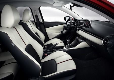 Mazda2 2014 Interior