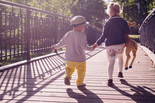 Las mejores ofertas de zapatillas para niños hoy en las rebajas: Adidas, Puma y Converse más baratas