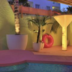 Foto 2 de 40 de la galería tropicana-ibiza-coast-suites en Trendencias Lifestyle