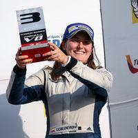 Tatiana Calderón: en el podio, con Sauber y pensando en la Fórmula 1, pero no en la femenina