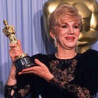 """""""Todo el mundo la quería"""". Hollywood llora la muerte de Olympia Dukakis: la actriz ganadora del Óscar tenía 89 años"""