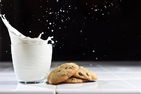 El secreto mejor guardado de la leche sin lactosa: la clave no está en lo que le quitan, sino en lo que le añaden